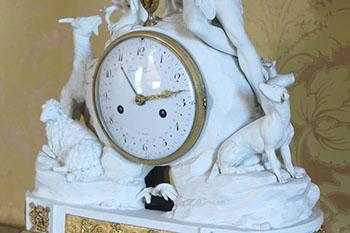 Louis XVI biscuit tafelklok